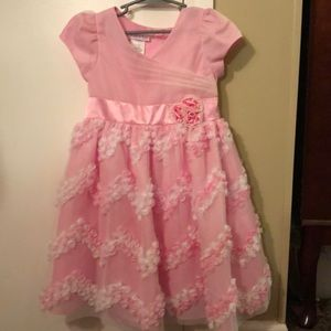 Girls pink and white dress